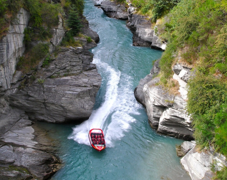 Jet Boating a Queenstown