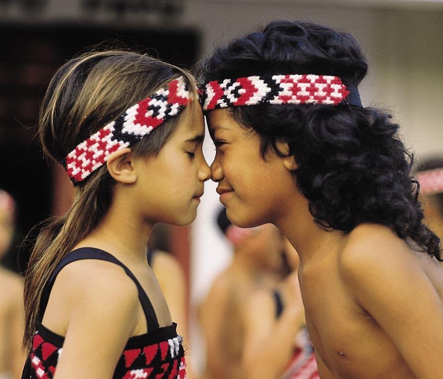 El saludo maorí